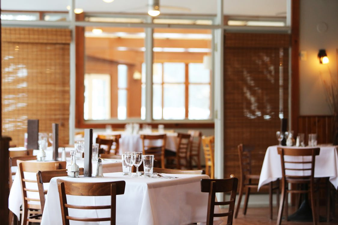11 Local Restaurants for Date Night Dining