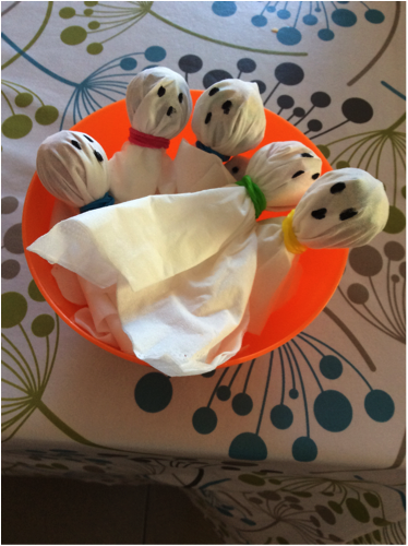 Ghostly and Ghoulish Crafting With Little People