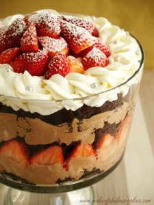 xnutella-chocolate-trifle-upclose-jpg-pagespeed-ic-dxkimvj2y8