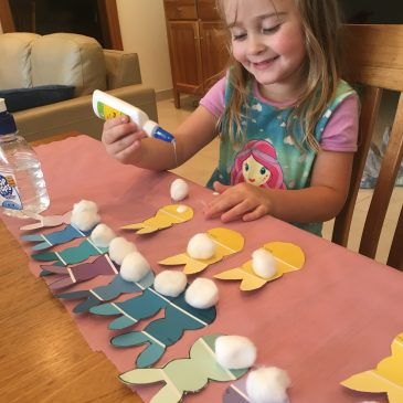 Hippy Hop, It's Easter Bunny Craft!