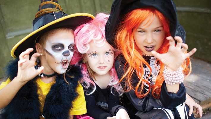 6 Spine-Tingling Halloween Events for Kids!